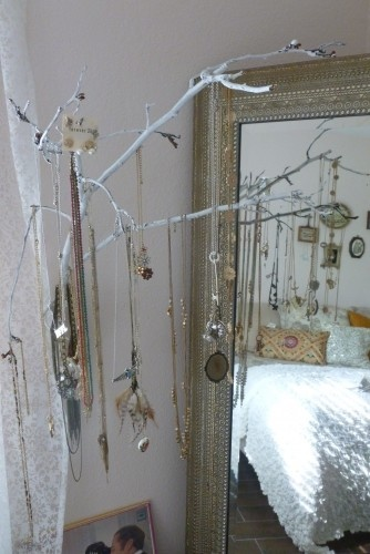 DIY necklace hanger / painted branches