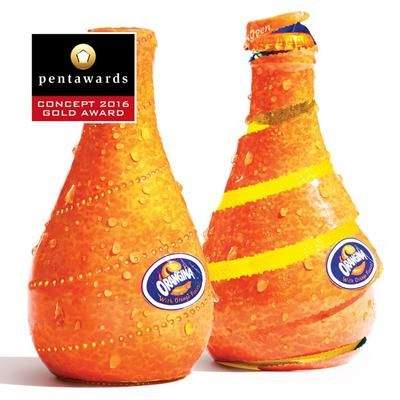 Bouteille d'Orangina qui se pèle comme une orange / 25 emballages alimentaires primés aux Pentawards 2016 / Photothèque - Process Alimentaire, le magazine de l'industrie agroalimentaire