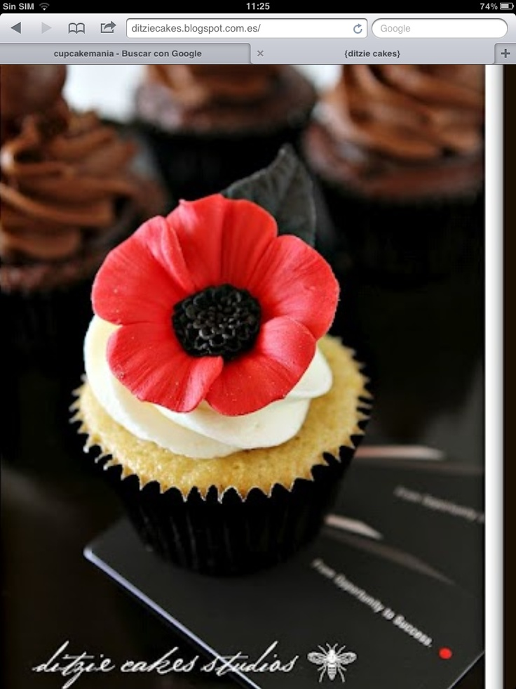 Remembrance day Poppy cupcake - For all your cake decorating supplies, please visit craftcompany.co.uk