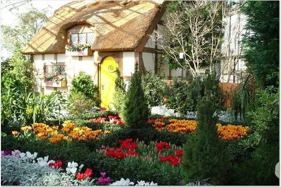 30 best r is for richmond images on pinterest richmond virginia adventure and allen jones for Lewis ginter botanical gardens christmas