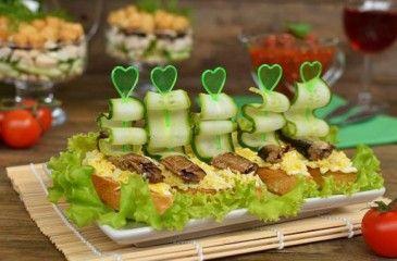 Бутерброды со шпротами: рецепты для праздничного стола