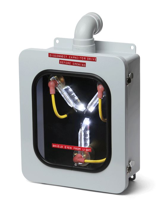 Most Accurate Back to the Future Flux Capacitor Replica Might Just Work -  #BTTF #fluxcapacitor #retro