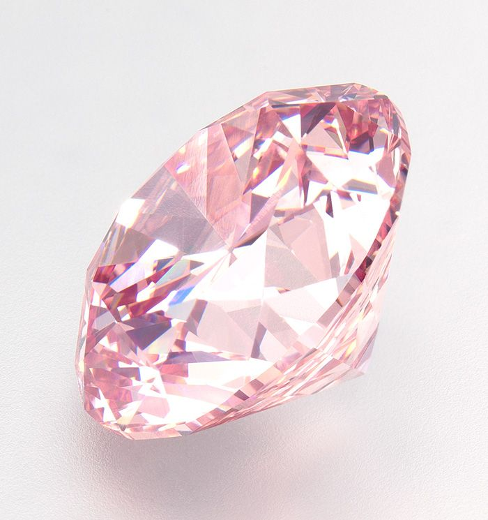 The Martian Pink Lot 3766, a brilliant-cut fancy intense pink diamond ring of 12.04 cts, by Harry Winston, sold at 1.44 million/carat for a total of USD 17,395,728