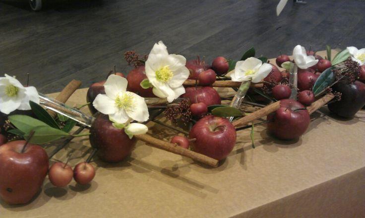Epler og julerose