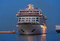Το Viking Sea για πρώτη φορά στον Πειραιά. 29/03/2016.