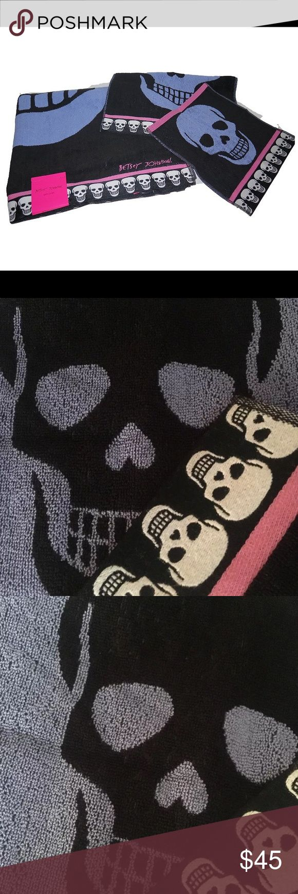 "Betsey Johnson Skull Bath towel purple Halloween Betsey Johnson mega skull bath towels. Black Pink purple reversible bath towel set. 3 pieces includes 1 extra large bath towel 1 hand towel and 1 wash/ face towel. Betsey Johnson skull skeleton. (1) Bath Sheet Towel 34"" x 64"" (1) Hand Towel 16"" x 28"" (1) Wash Cloth 13"" x 13"" 100% Cotton Machine Wash/Tumble Dry Betsey Johnson Accessories"