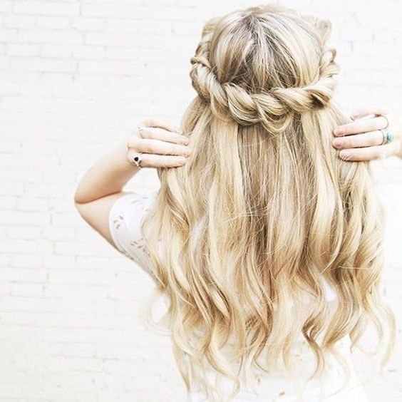 The Cutest Braided Crown Hairstyles on Pinterest | Halo Rope Crown Braid