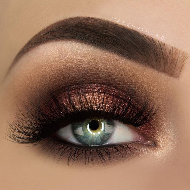 Closeup on my previous cranberry look using the Tarte Tartiest metallic shadows ✨ (*Click Pic for MU Details) @makeupthang