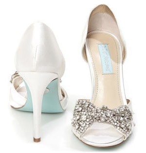 """Diamond"" bow and a tiffany blue sole.  Love these wedding shoes!"
