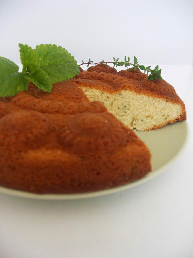 Citroenmelisse & tijmcake - http://www.mytaste.nl/r/citroenmelisse--tijmcake-6386687.html