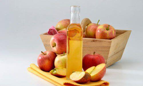 ¿Sabías que el vinagre de manzana es un gran aliado de la belleza del cabello? descubre aquí el por qué y todos sus beneficios.