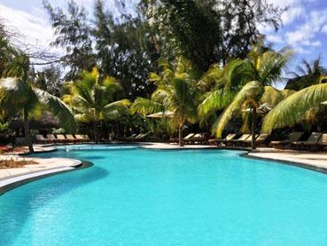 Mauritius, Coin de Mire, http://www.capetours.co.uk/destinations/beach-destinations/175-accommodation/mauritius/146-coin-di-mire