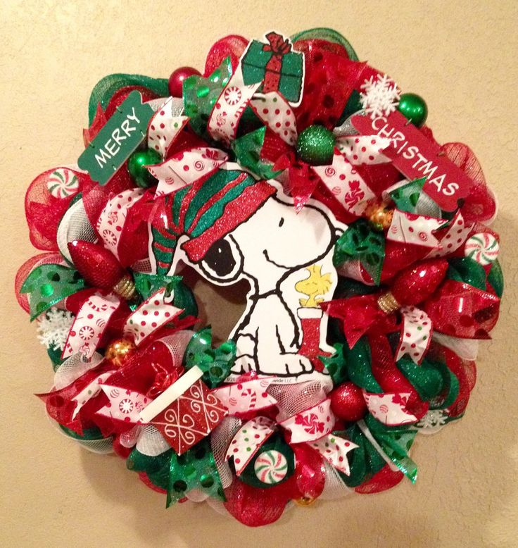 Snoopy Christmas wreath snoopy wreath snoopy decorations Peanuts decor charlie brown decor snoopy and woodstock (70.00 USD) by WandNDesigns