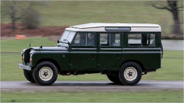 Suvs Become Collectibles Land Rover Land Rover Series Jeep Suv