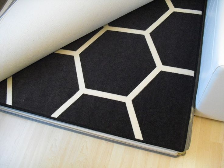 Design carpet – Black honeycomb – originál