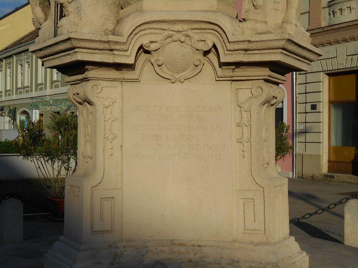 Szentháromság-oszlop (Tapolca) http://www.turabazis.hu/latnivalok_ismerteto_1851 #latnivalo #tapolca #turabazis #hungary #magyarorszag #travel #tura #turista #kirandulas