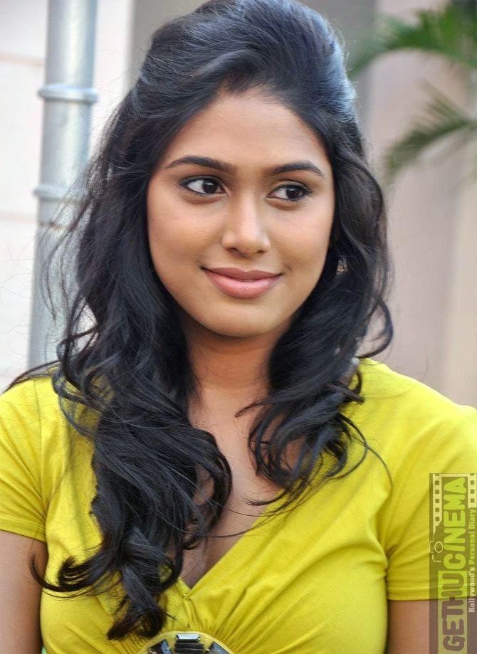 Unseen Photos of Actress Manisha yadav | Manisha Yadav