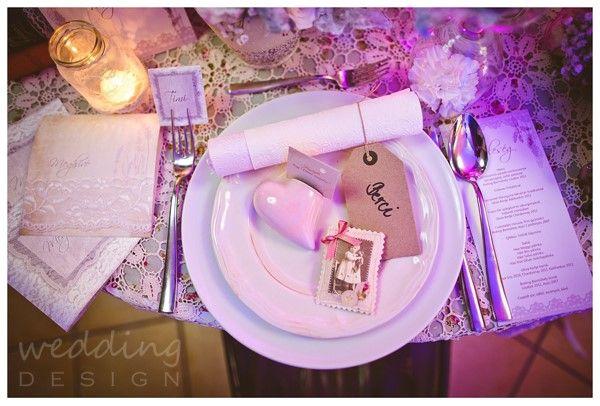 Vintage wedding decor with some lace - Vintage esküvő dekor egy kevés csipkével Graphics/Grafika: Wedding Design Decor/Dekor: Wedding Factory Photo/Fotó: Kondella Misi