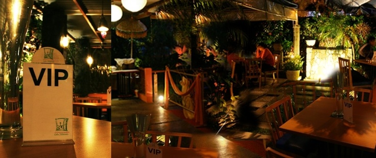 Halaman Cafe Bandung