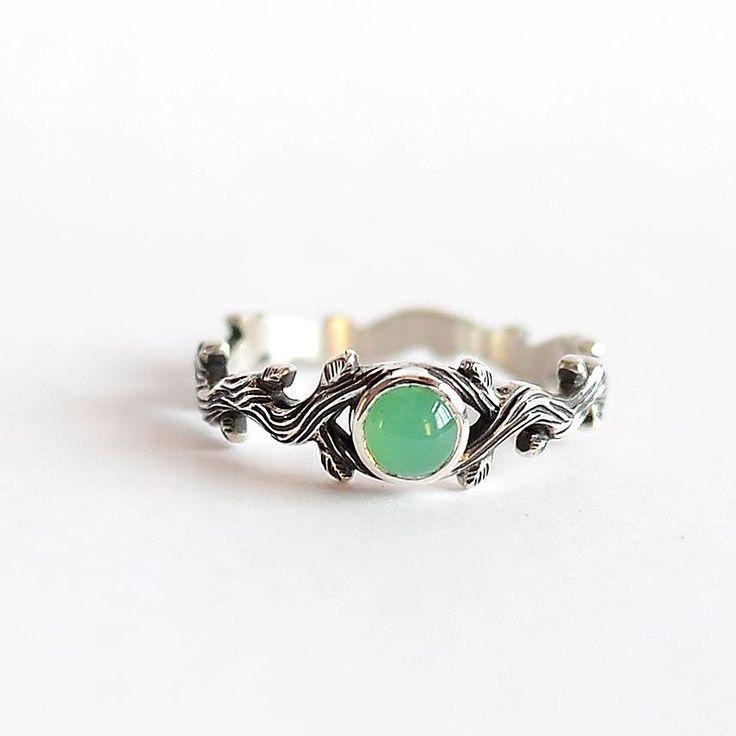 🔸Каким должно быть помолвочное кольцо? 🔸 Оно должно быть таким, чтобы потом она его носила! 😀 Не…»