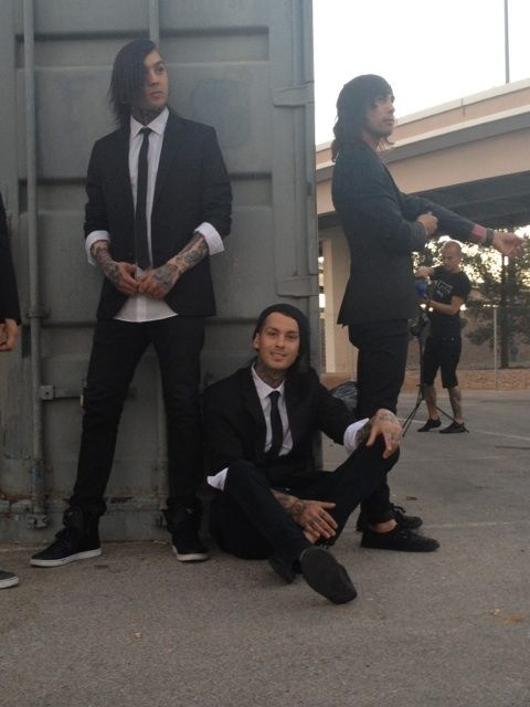 "Vic and Tony are just there lookin like badass mothafuckers and then there's Mike like ""well hello there camera"""