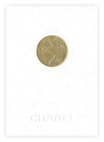 gold globe / world / deboss / simple and striking design / Chanel News - Invitation Défilé Pret a porter Paris 5 Mars