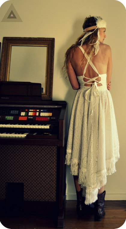 Calabash Gypsy Wedding Dress $255.00    i like the back of this dress! ... not so much the length
