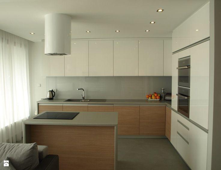 Kuchnia w naturalnych odcieniach - zdjęcie od VERSIGN Studio Projektowania Wnętrz - Kuchnia - Styl Minimalistyczny - VERSIGN Studio Projektowania Wnętrz