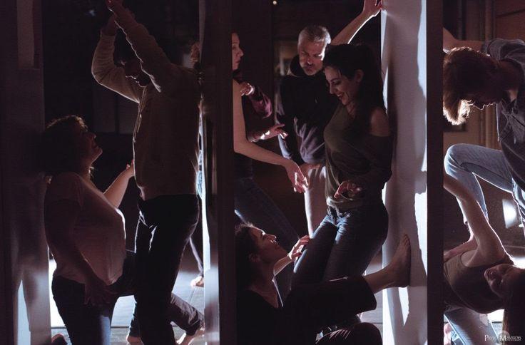 """Θέατρο. """"Έρωντας"""" μια παράσταση αφιέρωση τον  έρωτα. Η ομάδα του """"Κινητήρα"""" απλώνει τις σκέψεις της για την παράσταση  που ανεβάζει  #theater #theatro #art #artist #fragilemagGR http://fragilemag.gr/erontas-kinitiras/"""