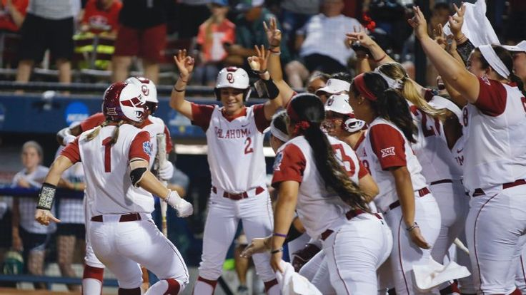 2018 NCAA softball preview Who stands in the way of