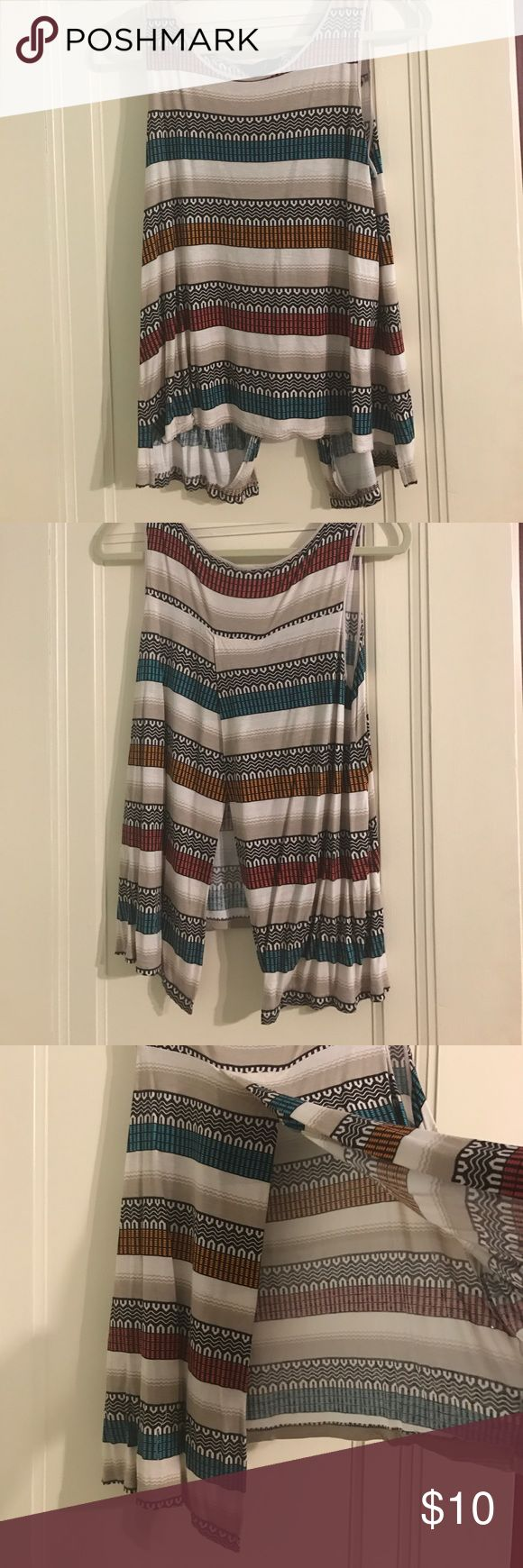 Jack by BB Dakota Tribal Shirt Open Back Flowy top, perfect for summer, open back Jack by BB Dakota Tops