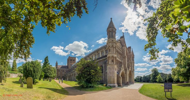 St Albans Cathedral - 115 shot HDR panorama