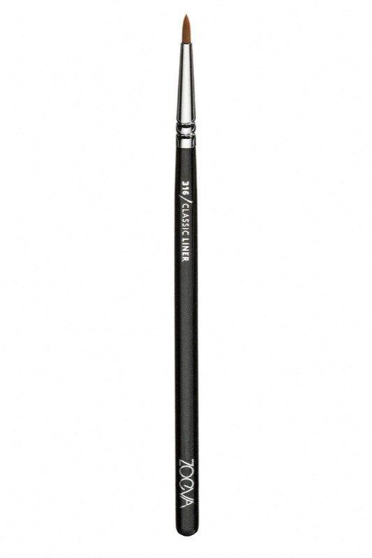 cliomakeup-come applicare-eyeliner-16-pennello-zoeva