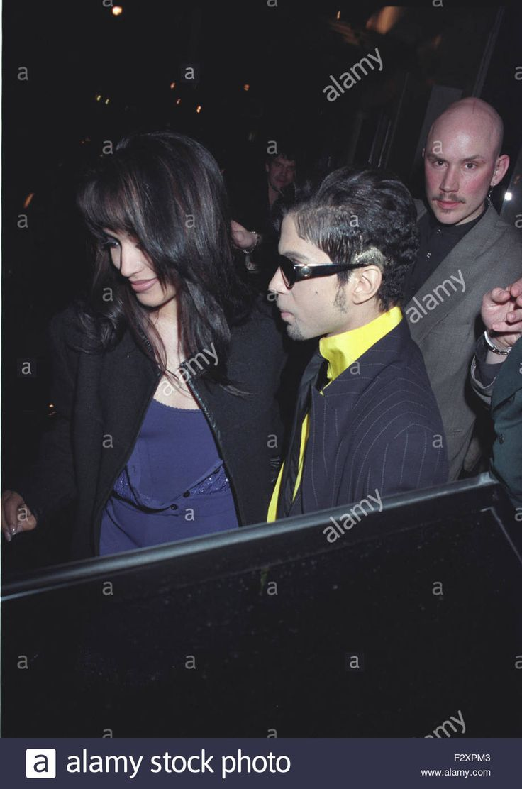 Download this stock image: Prince and newly Married Wife Mayte Garcia London 1997 4pics (credit image©Jack Ludlam) - F2XPM3 from Alamy's library of millions of high resolution stock photos, illustrations and vectors.