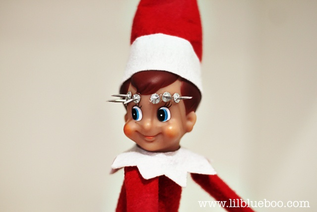 almost R rated Elf ideas...parents can have a laugh, too. Would never use any of these for the kids.: Shelf Stuff, Piercing Elf, Christmas Elf, Elf Mischief, Extreme Body, Body Piercing, Shelf Ideas, Antics Extreme Piercing, Elf Antics Extreme