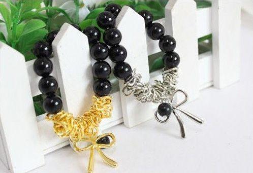 18 Pcs Fashion Exquisiteness Butterfly Bow Bracelet  http://www.frezdeal.com/productdetails/175/18-pcs-fashion-exquisiteness-butterfly-bow-bracelet-s5026.html