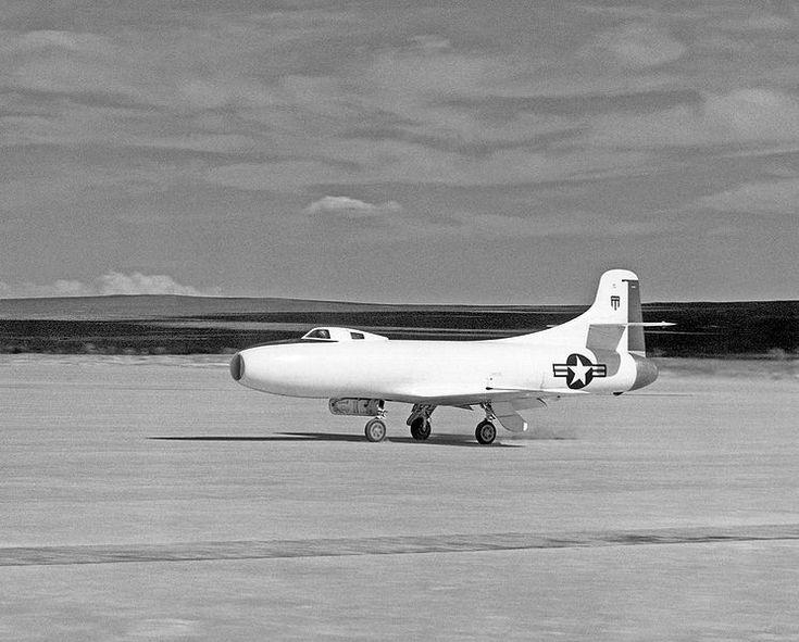 File:Douglas Skystreak D-588-I.jpg