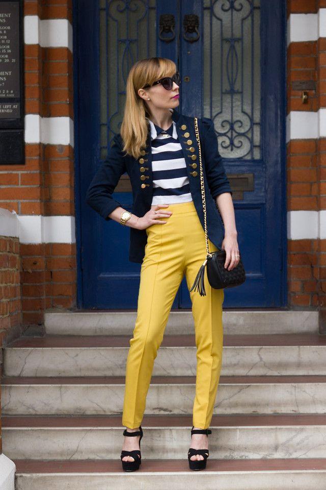 желтые брюки для девушек