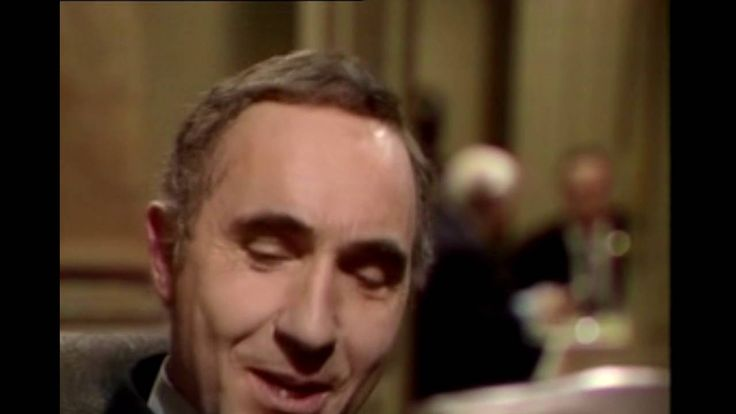 Yes Minister  S01E03 - The Economy Drive - YouTube