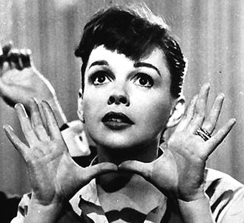 Best 20+ Judy Garland Biography Ideas On Pinterest