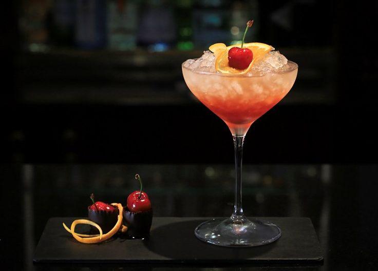 Sweet Cherry Bellini no Ritz Bar - Novidades - Máxima.pt