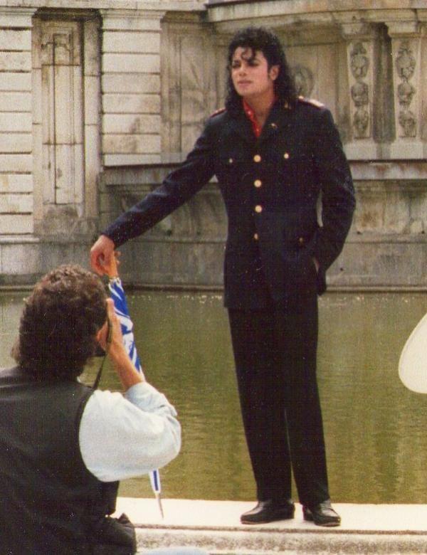 Something I've never seen before. Michael definitely looks good!