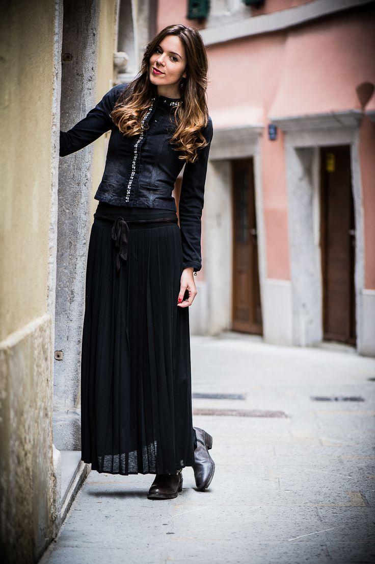 #fashion #fashionista Irene Irene's Closet - Fashion blogger outfit e streetstyle: Gonna lunga e biker boots