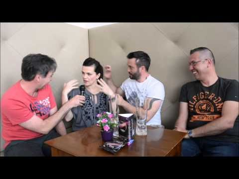 19.05 | Live aus Wien | ESC 2015 | Interview with Marta & Vaclav (Czech Republic) - YouTube