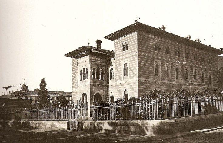 Palacio Xifré a finales del s. XIX. En su solar se construyó el actual ministerio de Sanidad.