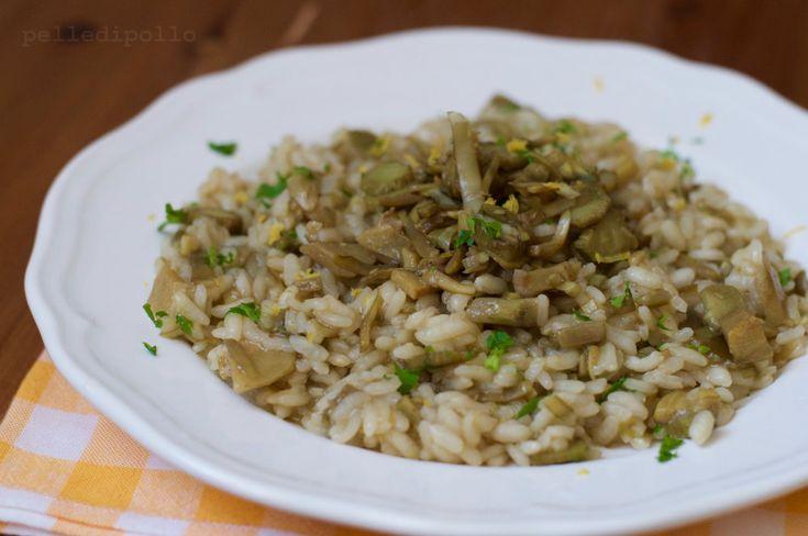 Risotto ai carciofi profumato con buccia grattugiata di limone, primo piatto semplice, vegetariano e leggero, ma ricco di gusto!