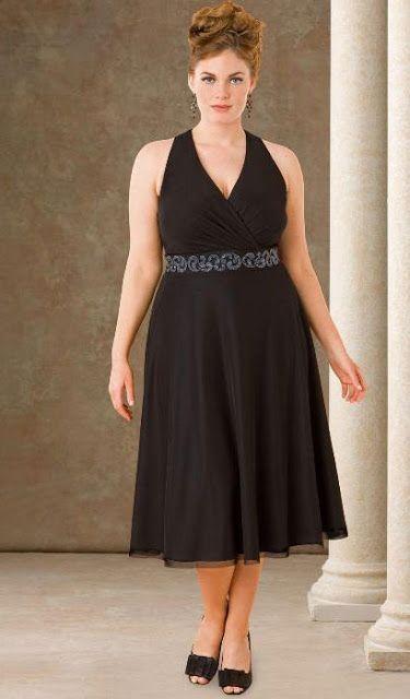 Vestido negro, para rellenitas queda mu hermoso! :3