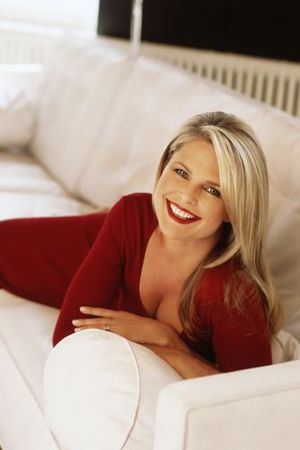 yep, that's Christie Brinkley at 57.