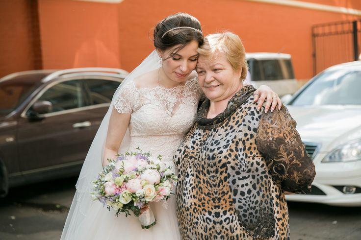 Настоящая работа свадебного фотографа Леси Оскирко. Заплатили ей 57 500 рублей чтобы потом получить вот ЭТО