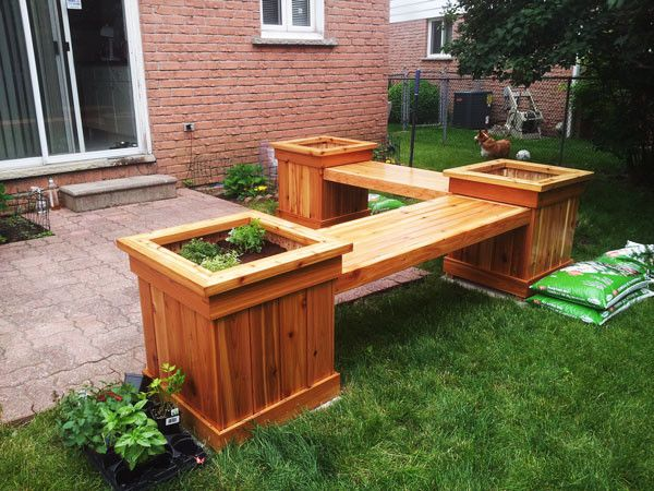 DIY Corner Planter Bench | Free Outdoor Plans - DIY Shed, Wooden Playhouse, Bbq…